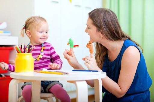 servizio baby sitter su richiesta Cava Li Santi
